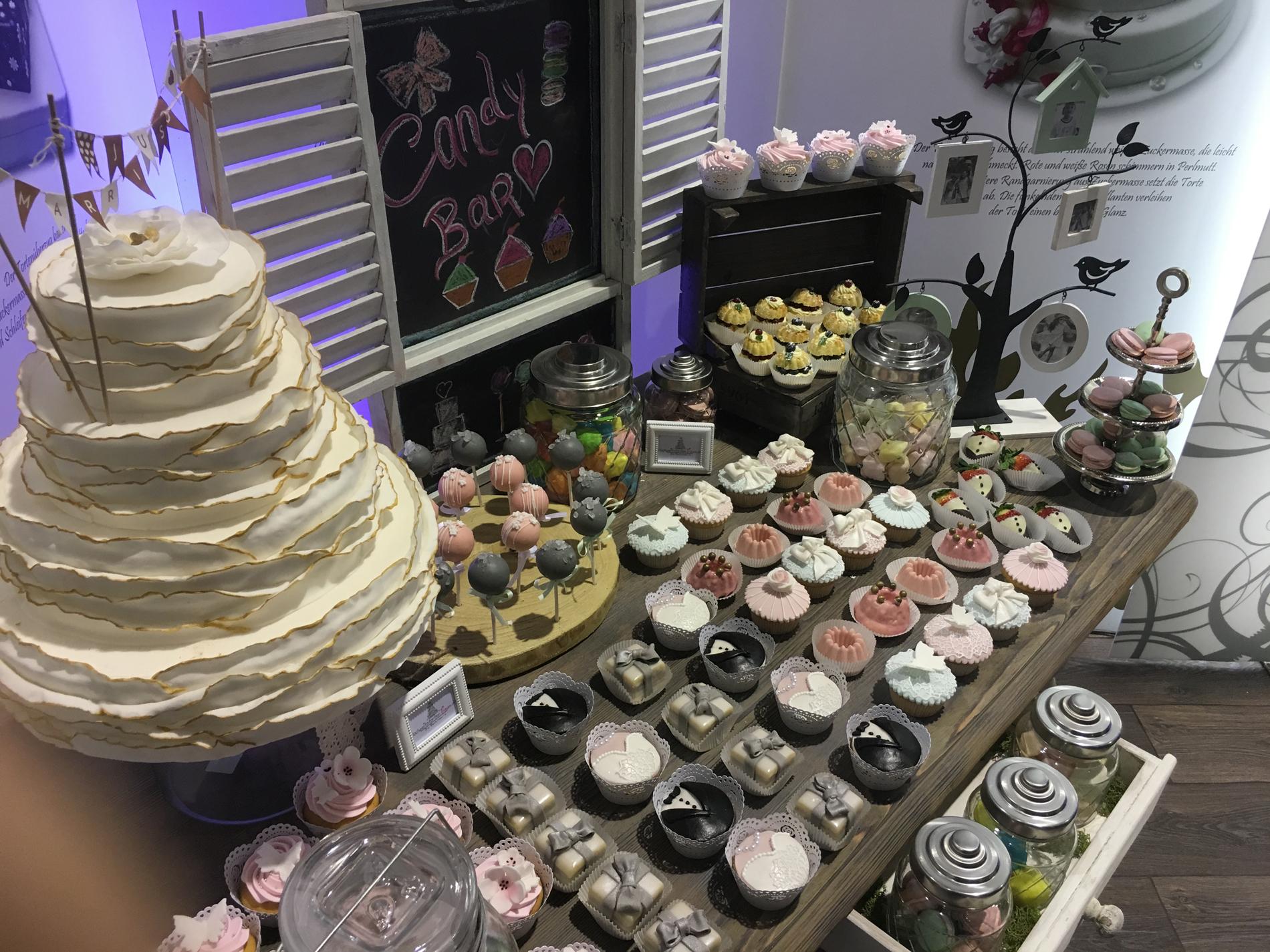Hochzeitstorten Traum By Cafe Gude